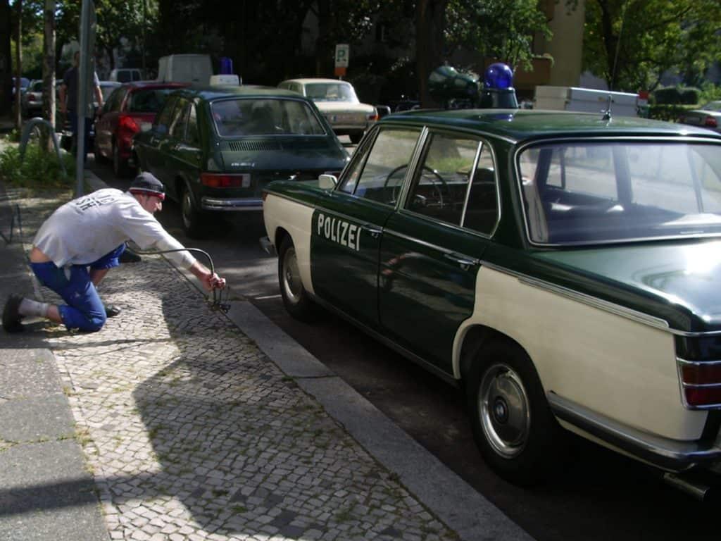 Der BMW 2000 aus dem Polizeioldtimer Museum Marburg