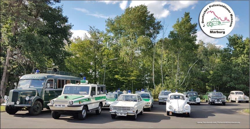 Einige der historischen Polizeifahrzeuge aus dem 1. Deutschen Polizeioldtimer Museum Marburg