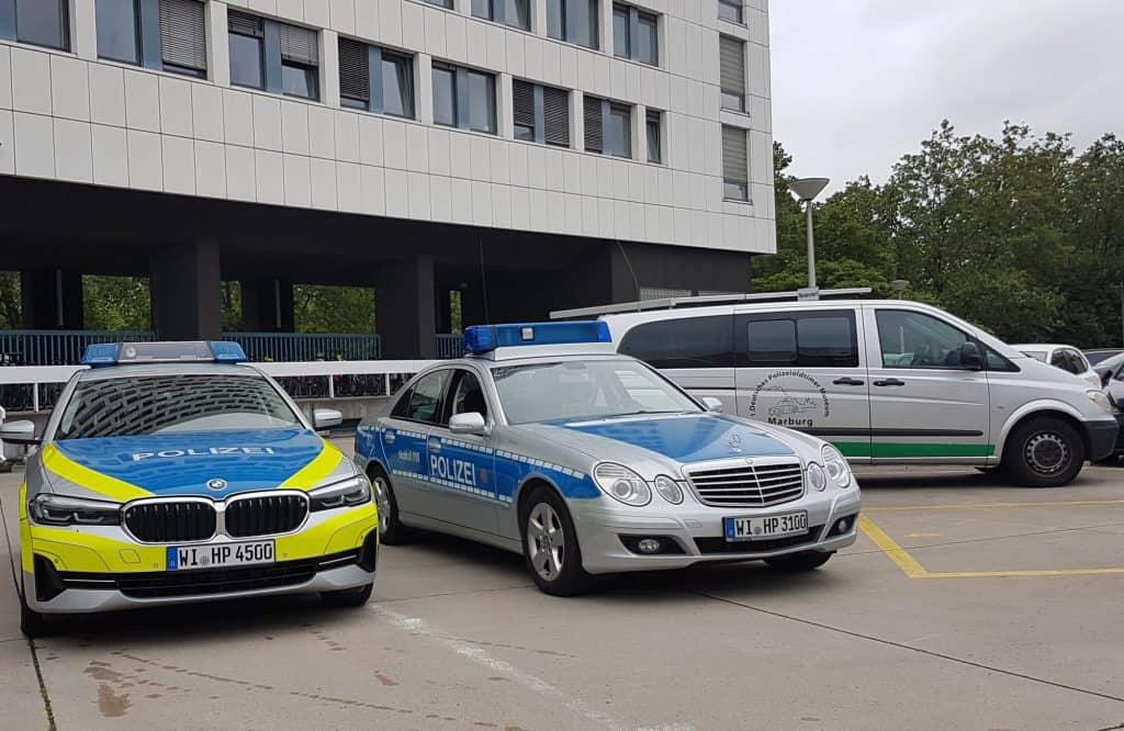 Dr. Stefan Heck, Staatssekretär im Hess. Ministerium des Innern, er übergab dem Polizei-Motorsport-Club Marburg an diesem Tag ein besonderes Geschenk